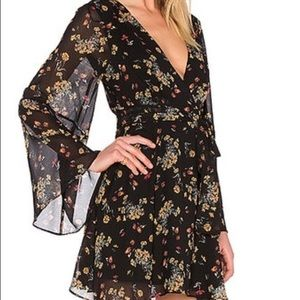 ✨LIKE NEW✨ Free People Floral Dolman Sleeve Dress